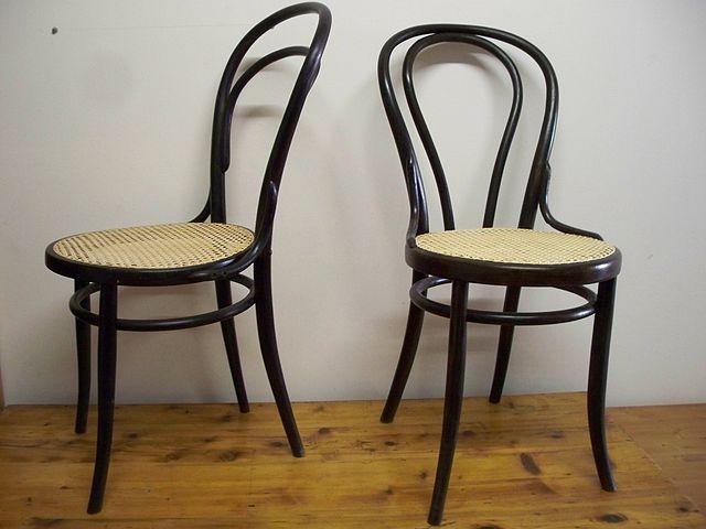Wiedeńskie krzesła. źródło