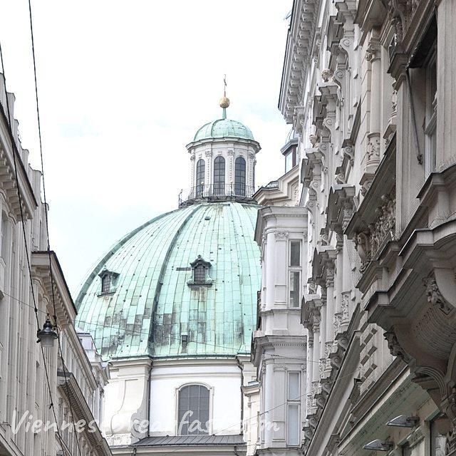 Peterskirche wcinity w ciasny kt uliczek ale i tak piknyhellip