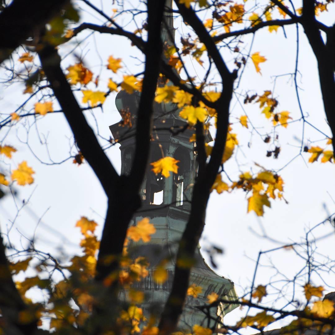 Starym dobrym Krakowem mi zapachniao  jesie krakw carpediem autumnhellip
